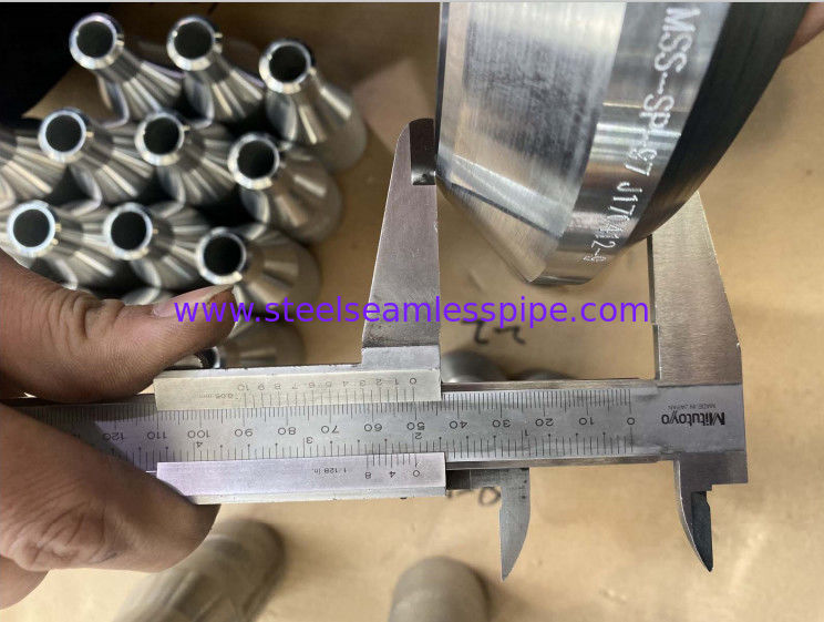 ASTM B16.11 Forged Steel Fittings Coupling Outlet F316 3000# High Strength